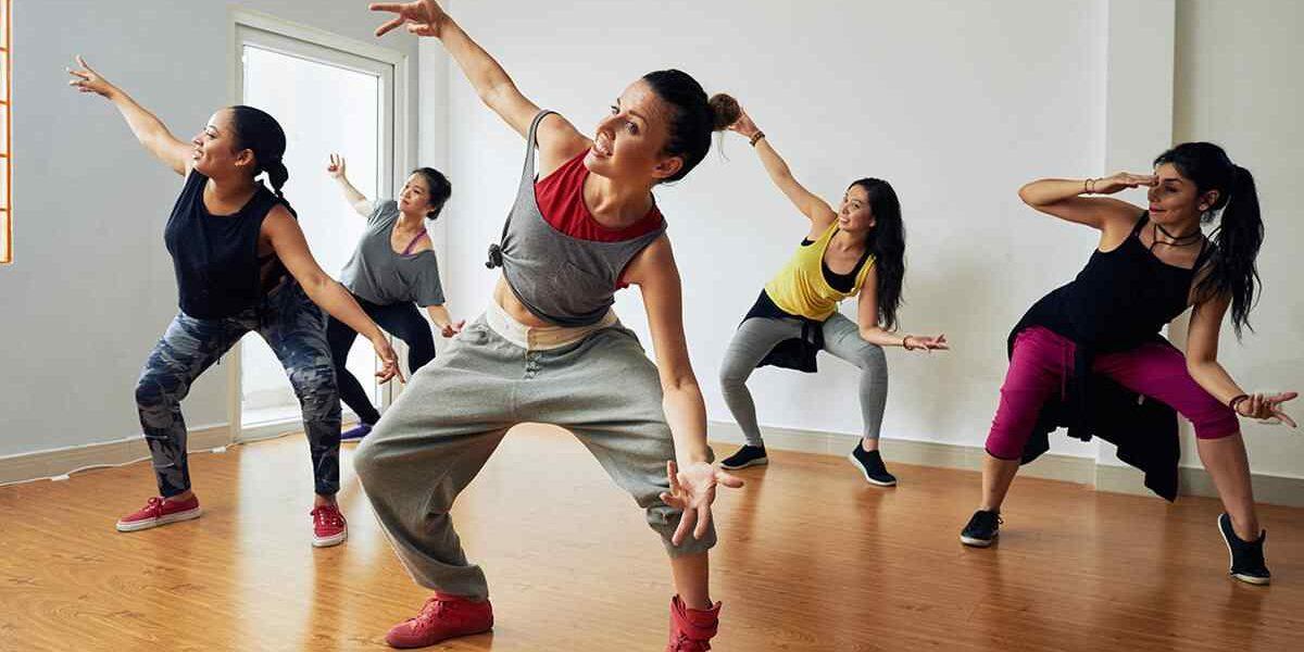 https://artemia-danse.com/wp-content/uploads/2019/04/inner_image_dance_02-e1607643266557.jpg